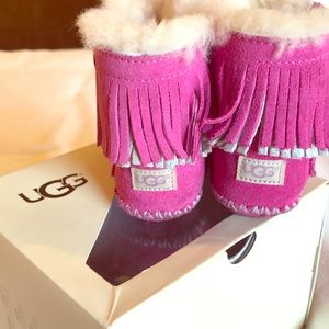Toddler uggs - great condition
